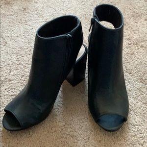Aldo sandal/heel never worn